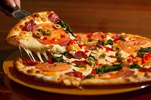 Close image of pizza slice